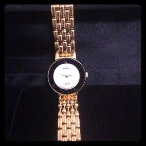 Pulsar ladies gold tone quartz watch